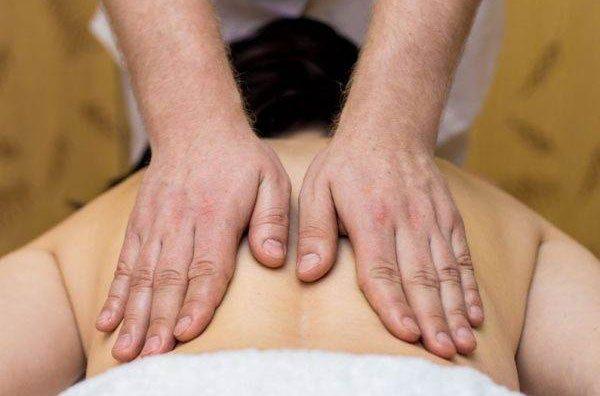 Apykaklės masažas Vilniuje
