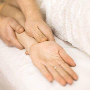 Rankų masažas Vilniuje