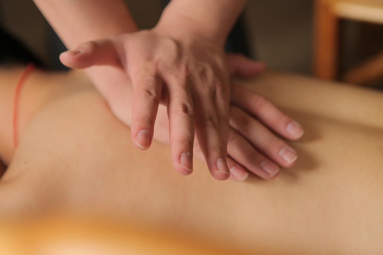 Viso kūno masažo privalumai