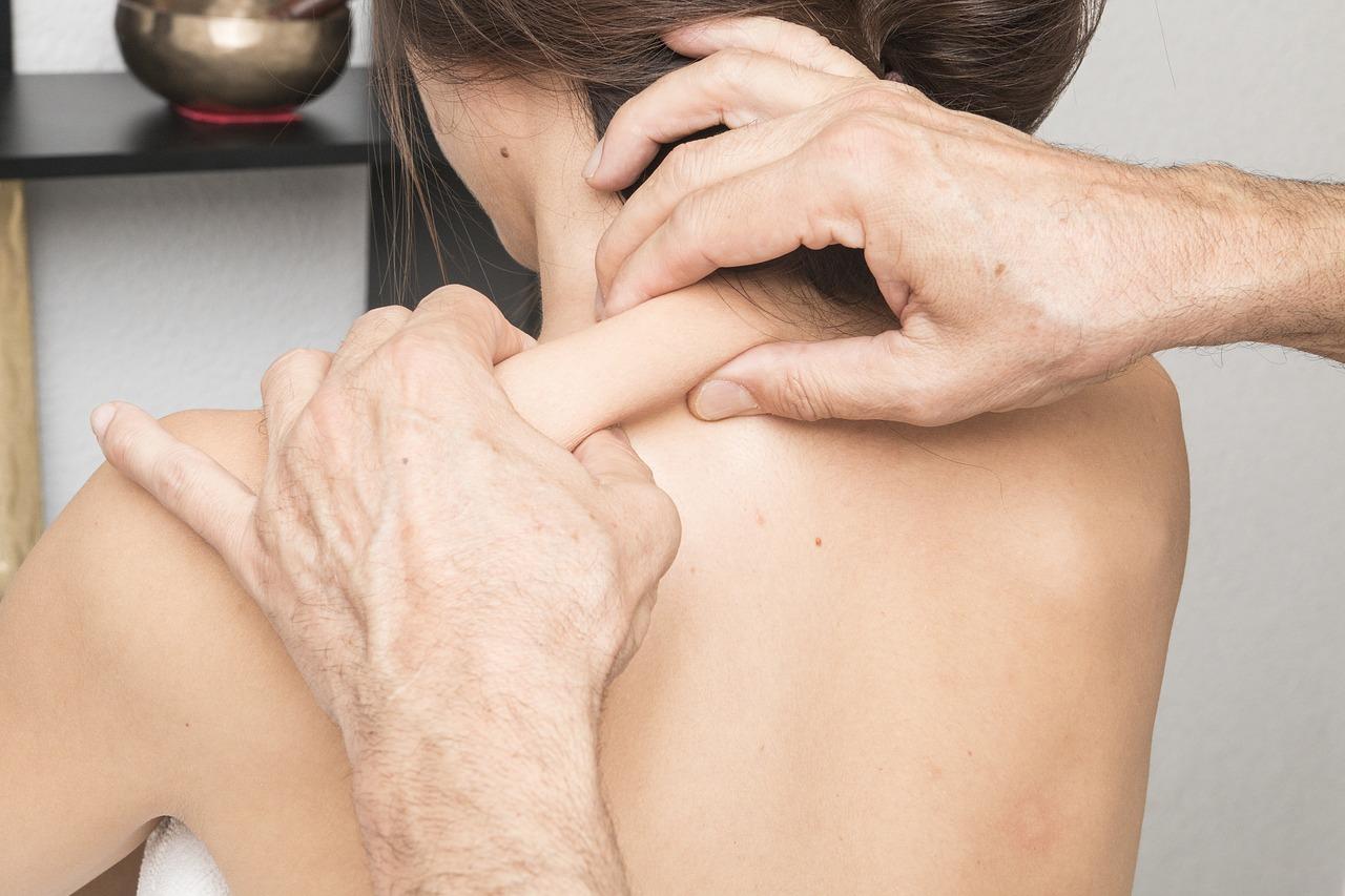 Giliųjų audinių masažo terapija
